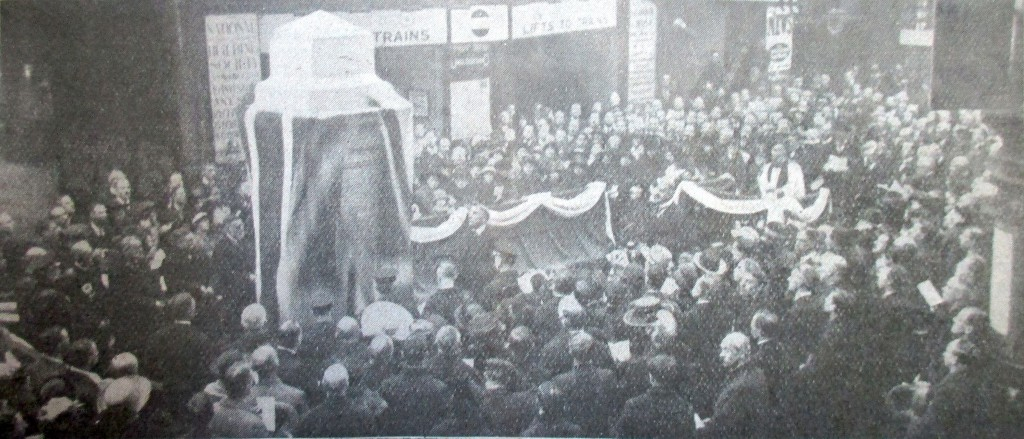 Unveiling of the War Memorial